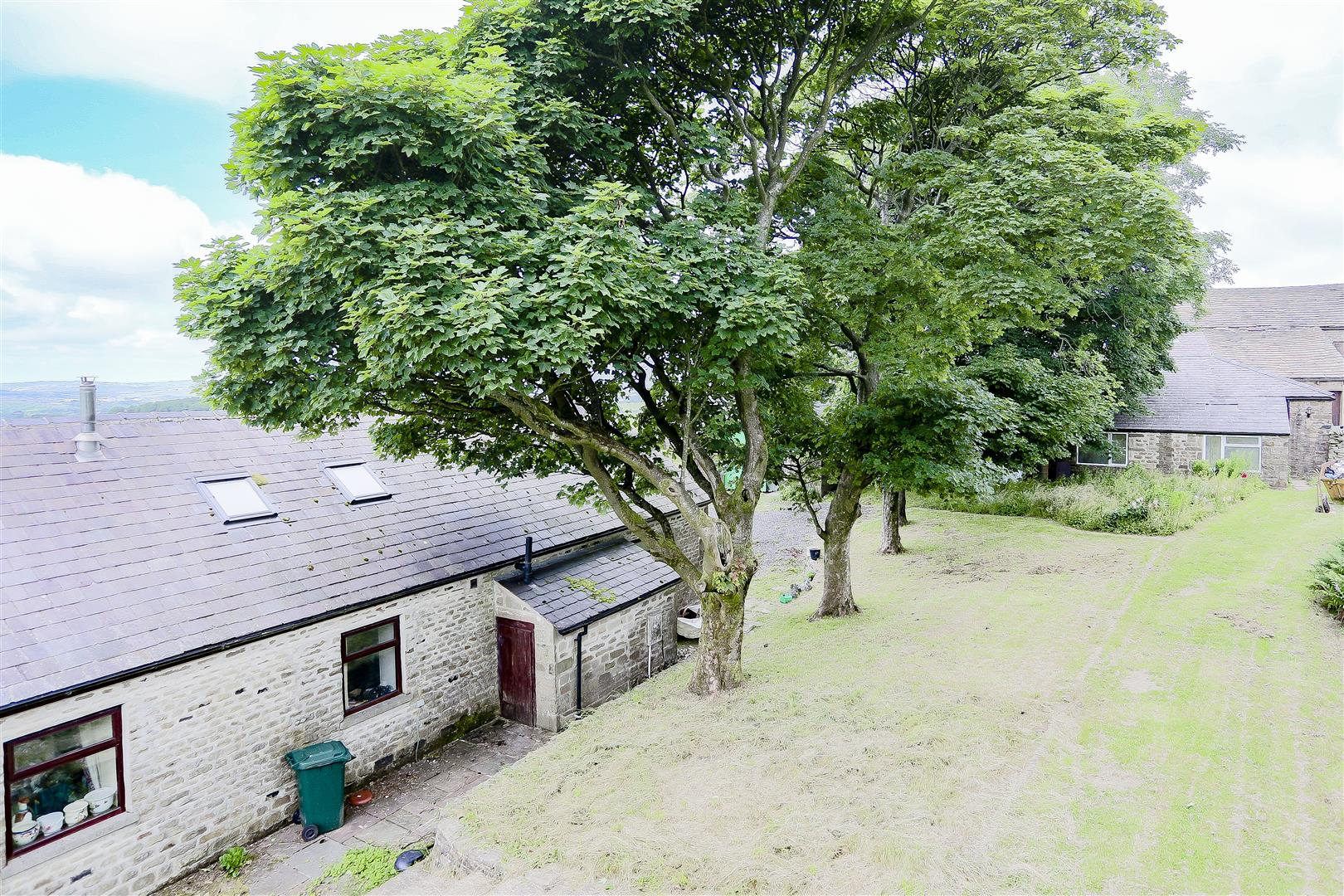 2 Bedroom Barn Conversion For Sale - IMG_2421.jpg